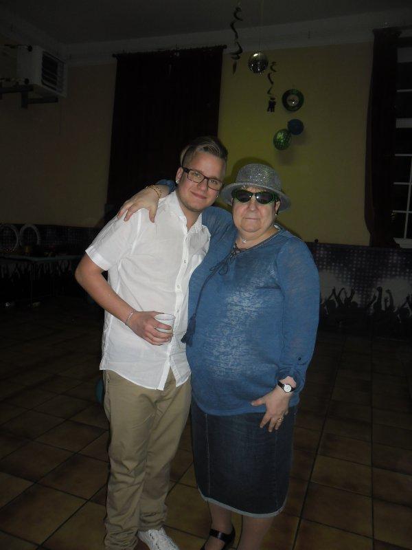 et voici la suite des photos d'anniversaires des jumeaux kévin et christopher