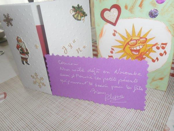 bonjour mon amie Roselyne en ce samedi matin j'ai bien reçue t'as jolie carte et t'es magnifique cadeaux encore un grand mercie car sa ma touchée ce midi j'ai manger avec ma fille et mon mari au PUB a Auchan je te souhaite une bonne fin d'après-midi ainsi qu'une bonne soirée je te fait tout plein de gros bisous