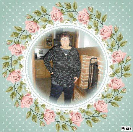 bonjour mon amie capucine55500 un grand mercie pour ce magnifique cadeau c'est vrai qu'il est très beau et oui dimanche sa feras 6 ans de mariage et le dimanche ont vas manger en amoureux et en plus c'est la ST Bernard j'espère que tu vas bien j'ai passer un belle après-midi avec mon homme je te fais tout plein de gros bisous