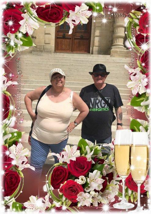 bonjour mon amie amitiétendresse226 un grand mercie pour ce magnifique cadeau d'anniversaire de mariage en ce mardi nous avons eu un beau soleil je te souhaite un bon début de soirée et je t'envoie des gros bisous