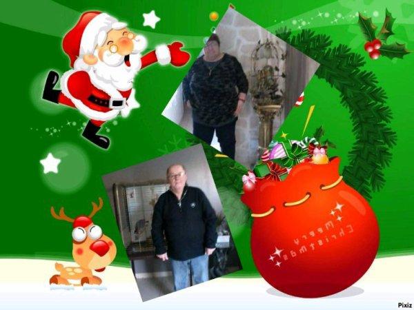 bonsoir mon amie Choupinettebreizh440 mercie pour ce sublime cadeau il est trop beau j'espère que tu as passer un bon samedi moi je suis heureuse mon mari et de retour ala maison pour les fètes de fin d'année moi je t'envoie tout plein de gros bisous