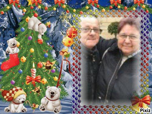 bonjour mon amie petitemamiedu13 ,j'espère que tu vas bien qu es ce que c'est gentil de m offrire un magnifique cadeaux de noèl je t'envoie tout plein de gros bisous