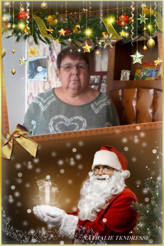 bonsoir mon amie Nathalie-Tendresse mercie pour ce merveilleux cadeaux de noèl il est magnifique moi j'adore je te souhaite une très bonne soirée et j'espère que tu vas bien moi je t'envoi des milliers de gros bisous
