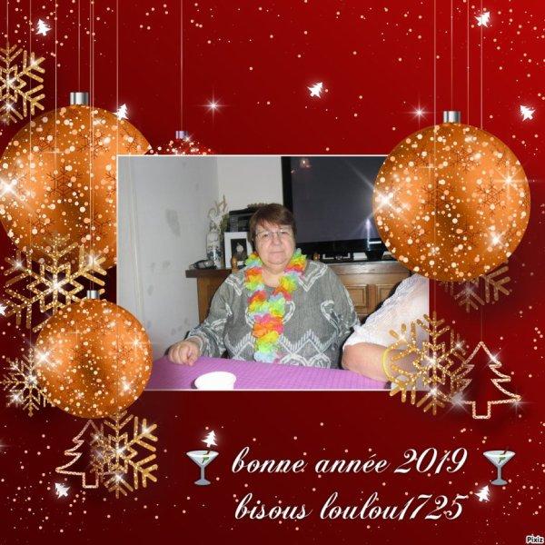 bonsoir mon amie loulou1725 un grand mercie pour c'est magnifique cadeaux pour la Bonne Année 2019 moi aussi je te souhaite une Bonne Année et une bonne santé bonheur et joie et je t'envoie tout plein de gros bisous