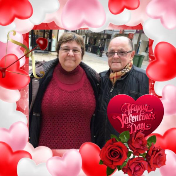 bonsoir mon amie CiscoO-bbey un grand mercie pour ce magnifique cadeaux de la ST Valentin qui ma fait très plaisir je te souhaite une très belle soirée gros bisous