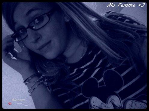 L'amitié c'est comme une fleur il faut en prendre soin, Fait moi confiance, la Notre ne défleurira Jamais. ♥