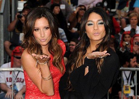 Ashley et Vanessa en 2011 <3