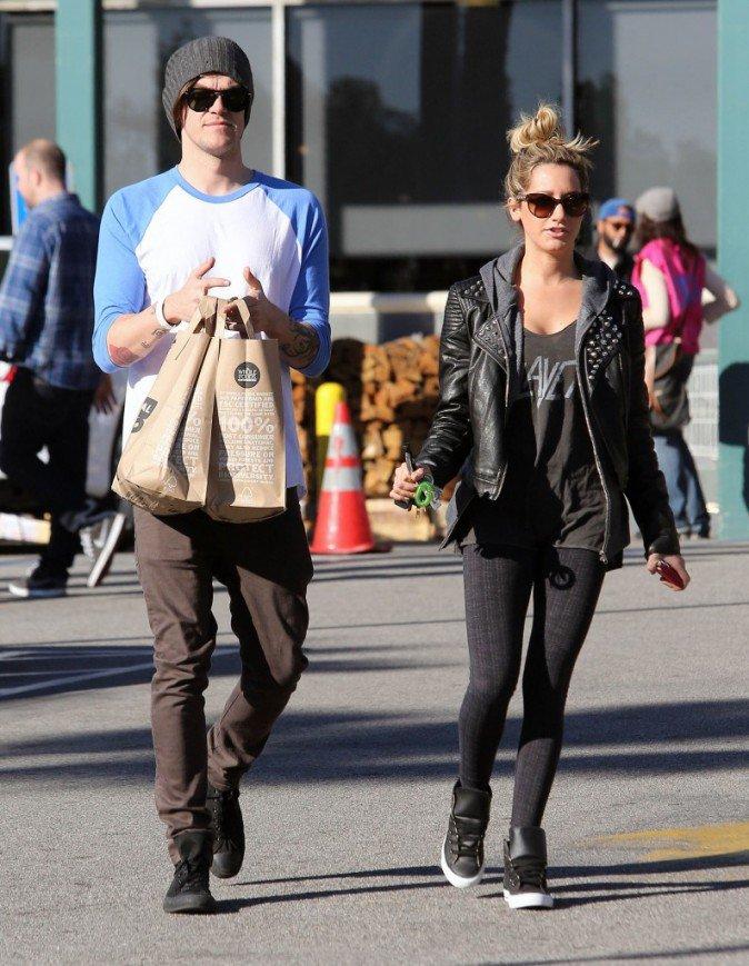Ashley et son nouveau boyfriend Christopher french <3 le 3 janvier 2013 .