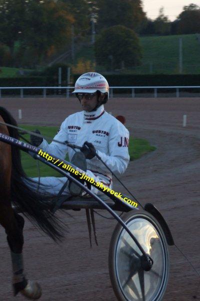 Lundi 1 er Novembre 2010 - Laval