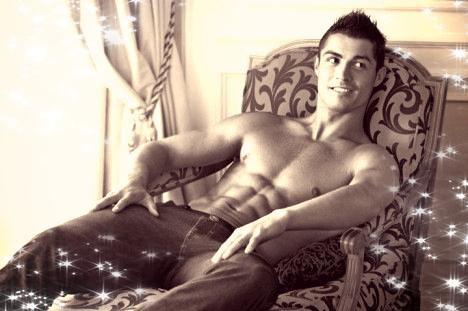 Cristiano Ronaldo (l)