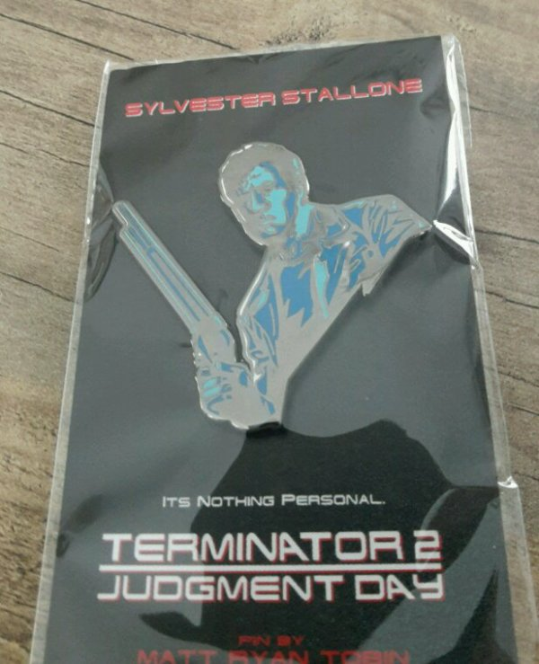 Pin's stallone terminator