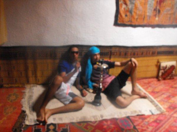 moi et mon ami azzediine en mod chiicha