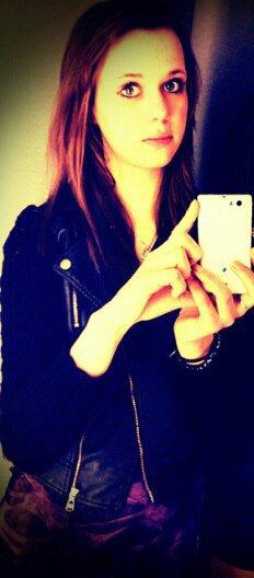 Sourire , sa fesait si longtemps que tu été partis .. ♥