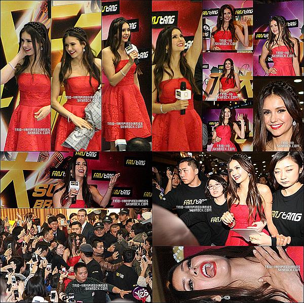 .28/12/2012 - Notre belle Nina etait à une promo de Super Brand Mall, toujours à Shanghai. .