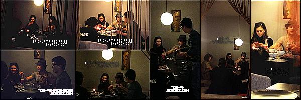 .28/12/2012 - Nina et Ian ont été vus mangeantThaï au Firsthai à Shangaï, avec des amis. .