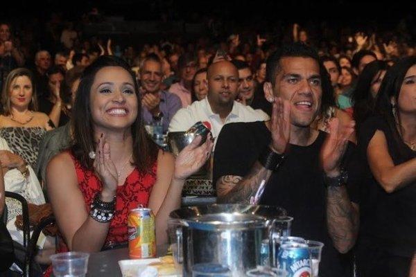 Dani Alves et Thaissa Carvalho