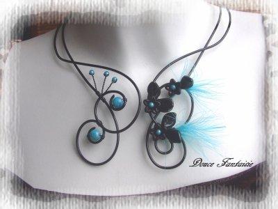 collier fil aluminium noir et turquoise à plume
