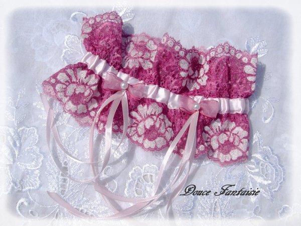 Jarretière dentelle de calais rose