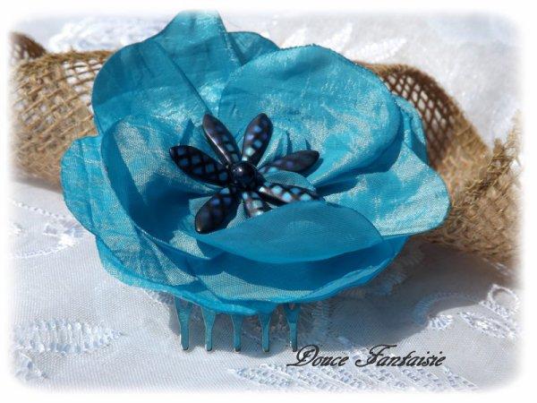 Peigne fleur turquoise