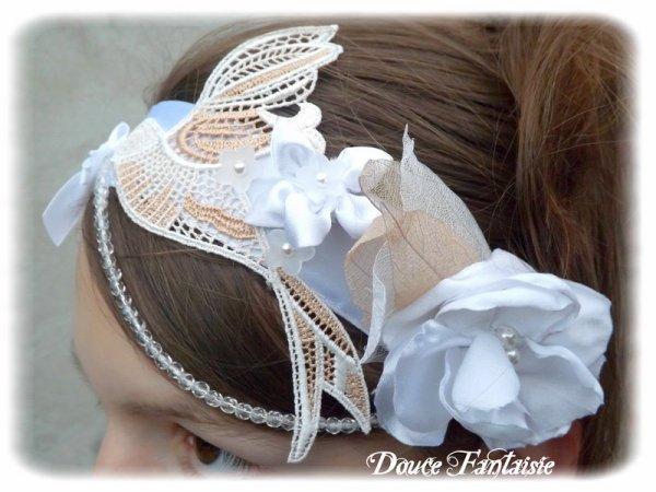 Headband mariage satin blanc fleur guipure colombe