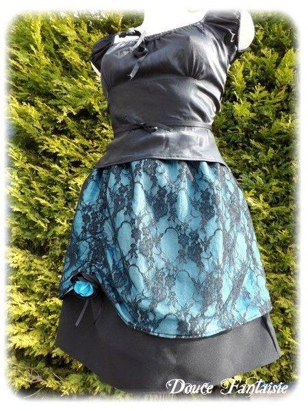 Jupe surjupée tissu et dentelle noir et turquoise