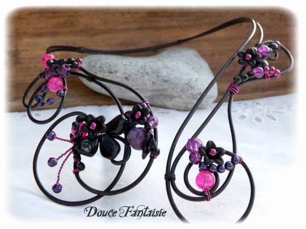 Collier fil aluminium noir violet fuchsia