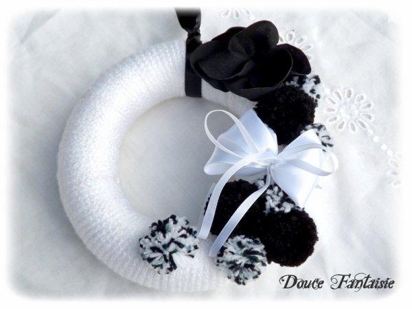 Couronne de Noël noir et blanc