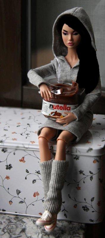 moi et mon pot de nutella ^^