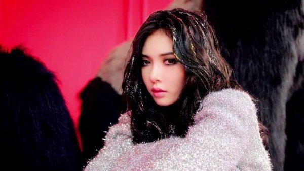 "Lee hyori Vs Hyuna qui est la plus "" sexy"" ? ( mouahahaha)"