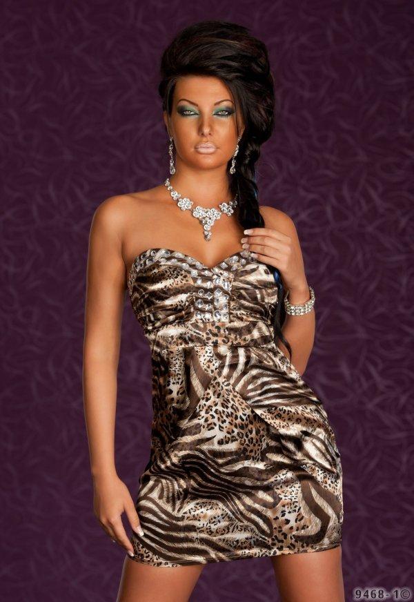 mini robe sans bretelles