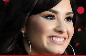 Demi Lovato > Lovatic