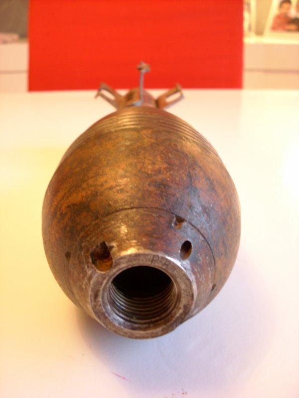 obus de mortier calibre 81 mm français INERTE & VIDE