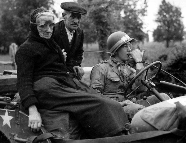 EYESHIELD - M1   1944