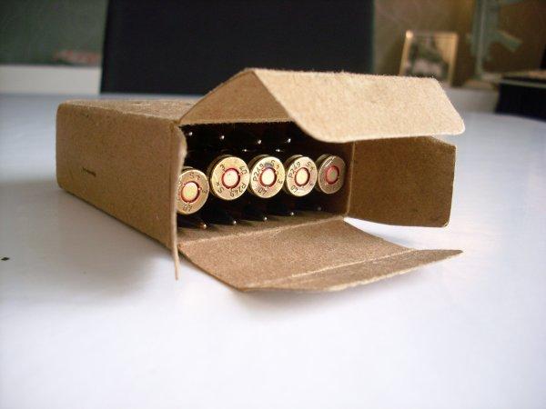 boite 7,92 mm Mauser 1940 netra