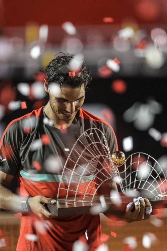 # RAFA       **  RIO de janeiro * Master 500)   Retour gagnant pour Rafa  !!!! Rafa vainqueur  //////