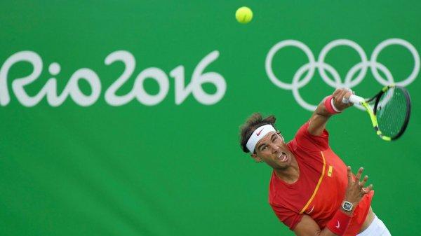 #    RAFA     Medaille d'OR   en doubles avec son pote Marc Lopez