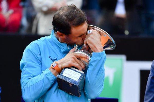 Rafa  ROME  master 1000) Rafa  remporte son 9° titre a Rome  ♥ oléééé