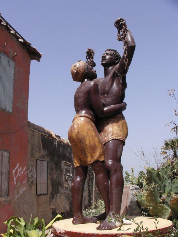 ILE DE GOREE :la maison des esclaves ou ont amener tous les esclaves pour les deporter en EUROPE et  AMERIQUE