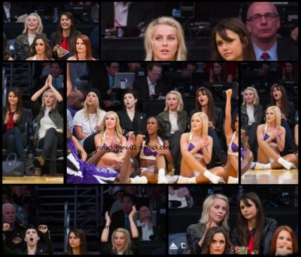 17 mars 2013: Nina a été vu en compagnie de la chanteuse Julianne Hough, au Staples Center à Los Angeles.Elles sont allées supporter l'équipe des Lakers.