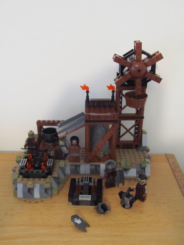 La forge des orques LEGO