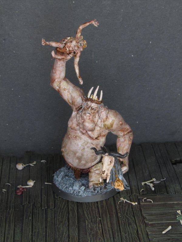 Le Roi gobelin lançant un gobelin (GW, Le Hobbit)