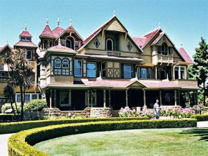 Fantômes et lieux hantés n°2 : La maison Winchester