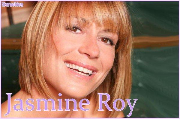 Jasmine ROY :  Répétitrice