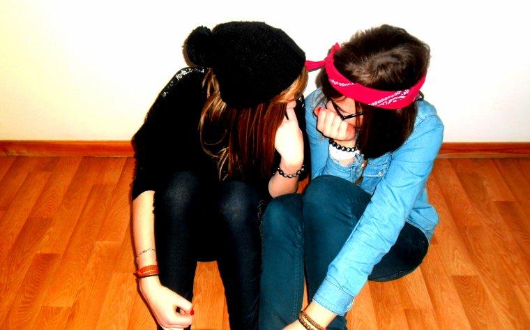 """"""" Un ami est celui qui vous laissera l'entière liberté d'être vous-même"""""""