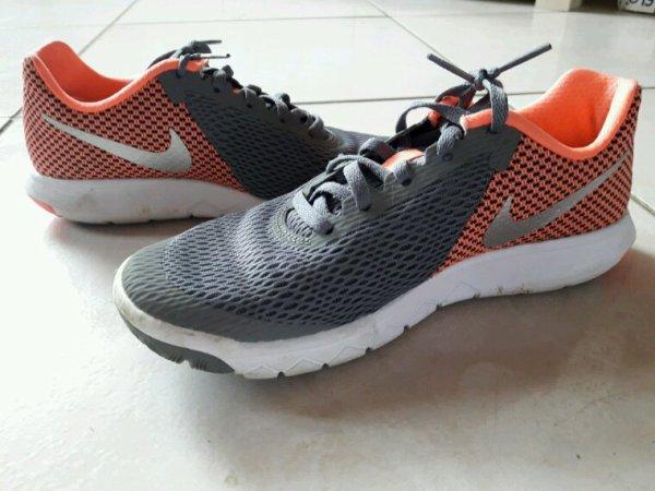 De superbe chaussure de sport ??