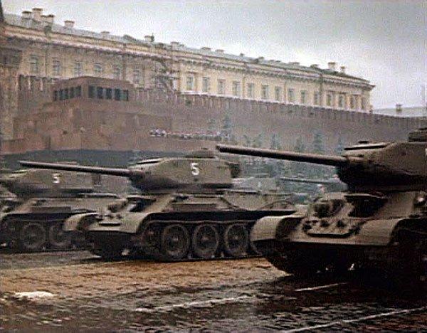 Parade de la victoire Moscou nov 1945