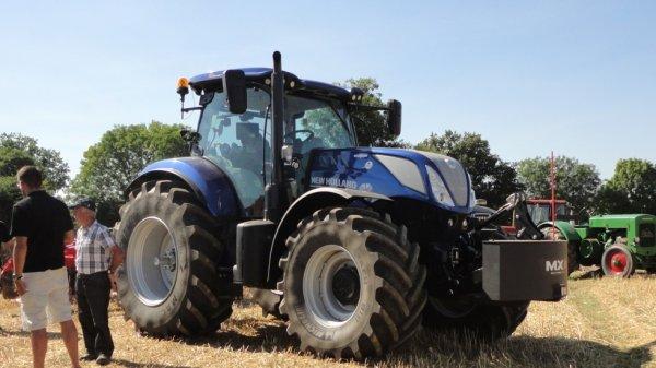 Tracteurs cet été .....
