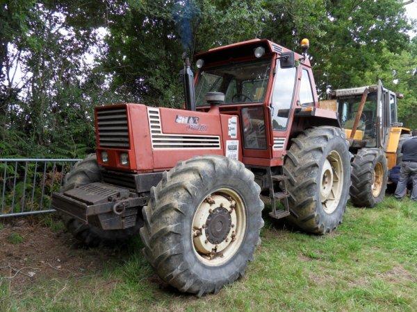 Vieux tracteurs de la Tuilerie Cheffois 85
