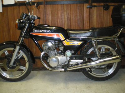 125 twin honda 1978 moto becane. Black Bedroom Furniture Sets. Home Design Ideas
