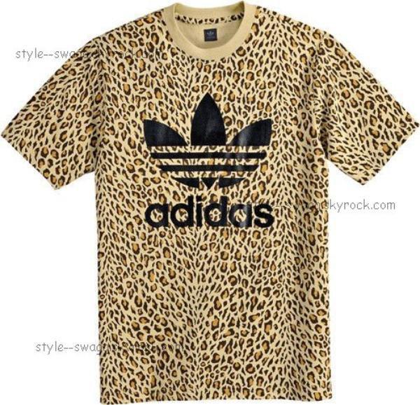 T-shirt adidas !
